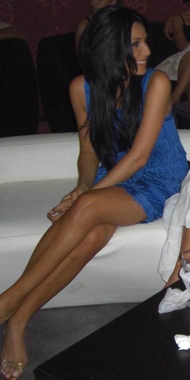 Corina Caragea in sandale