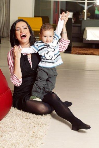 Olivia Steer in stockings