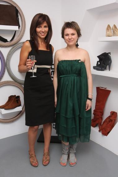 Oana Cuzino in sandale