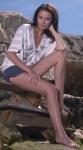Adelina Elisei in picioarele goale