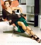 Mihaela Radulescu in sandale